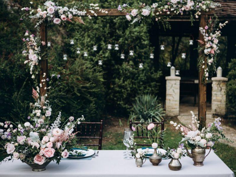 Dom i ogród w stylu rustykalnym