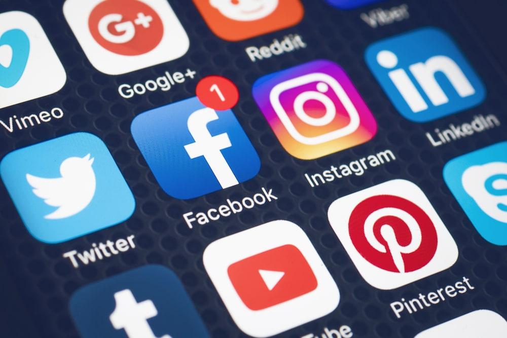 Jak działają portale społecznościowe