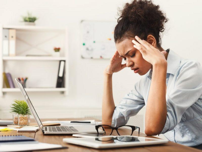 Migrena, objawy i leczenie bólu głowy