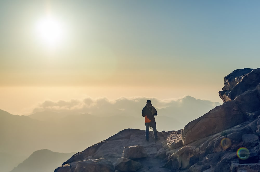 Wyruszamy na szlak, czyli jak przygotować się do wędrówki po górach?