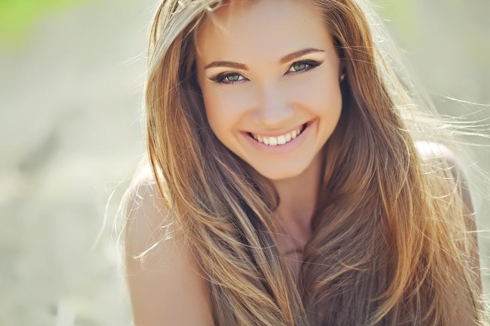 Zależy Ci na pięknym uśmiechu? Zrezygnuj z cukru w diecie!