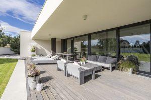 Meble ogrodowe – najlepszy sposób na odpoczynek w zaciszu przydomowego ogrodu