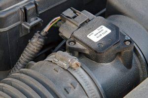 Najczęstsze przyczyny uszkodzeń czujnika przepływu powietrza w samochodzie