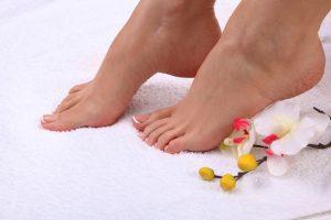Pedicure leczniczy – charakterystyka zabiegu pielęgnacyjnego