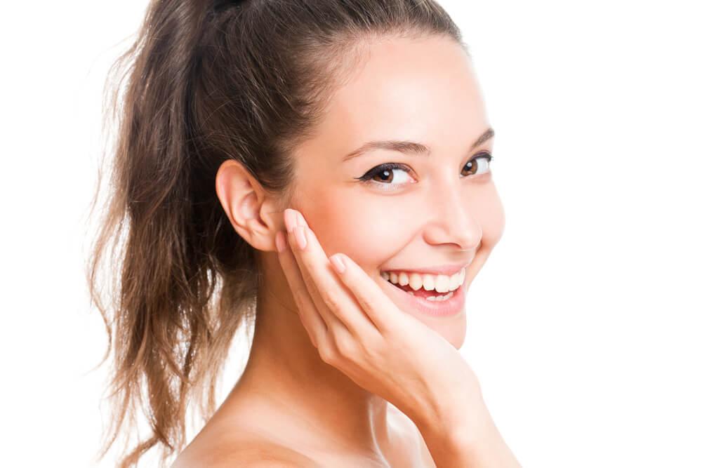 Wzmocnienie i zagęszczenie skóry, czyli sekret młodo wyglądającej twarzy